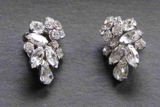 Earringsfront