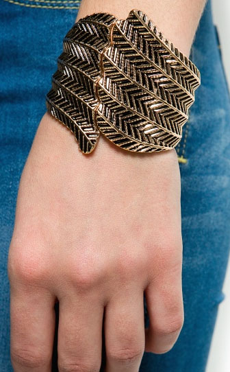 Mango feather cuff bracelet