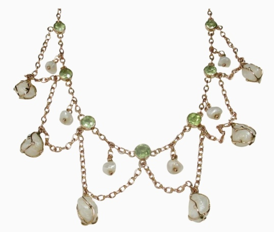 Divine Finds Festoon Necklace