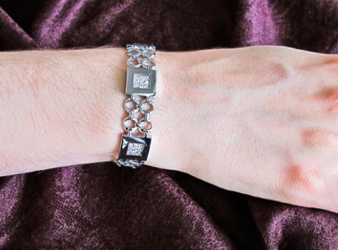 Brian Gavin Foursquare Diamond Bracelet