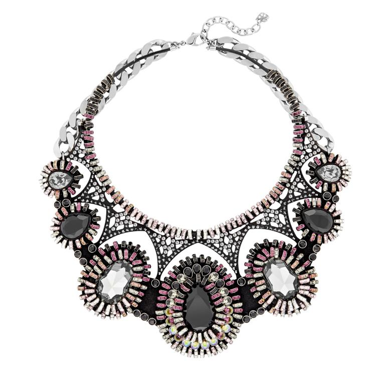 DRAMATIC_br_Necklace