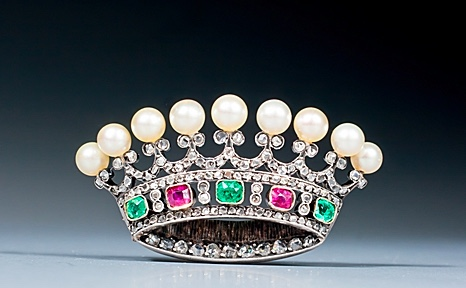 Epoque Fine Jewels tiara pin