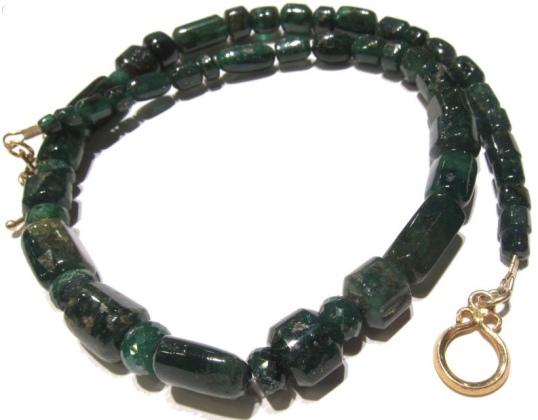 Beads of Paradise Emerald Strand