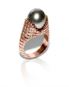 Slight Jewelry Pearl and Diamond Ring