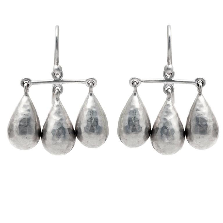 kauge-silver-trio-chandelier-earrings-gem