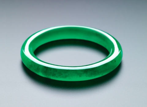 sothebys-jadeite-bangle