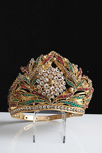 antique-gilt-crown