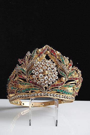 antique-gilt-crown